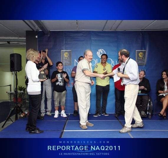 Andrea Sassi premia Gennaro Lamba