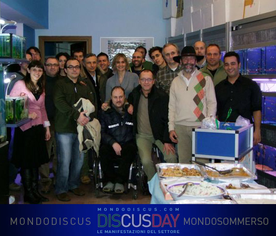 foto di gruppo del discus day di genova